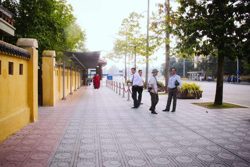 Hanoi_housetolaos_047