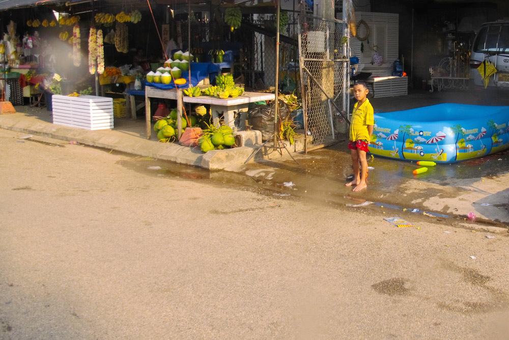 Celebrate Songkran in Laos_housetolaos_040