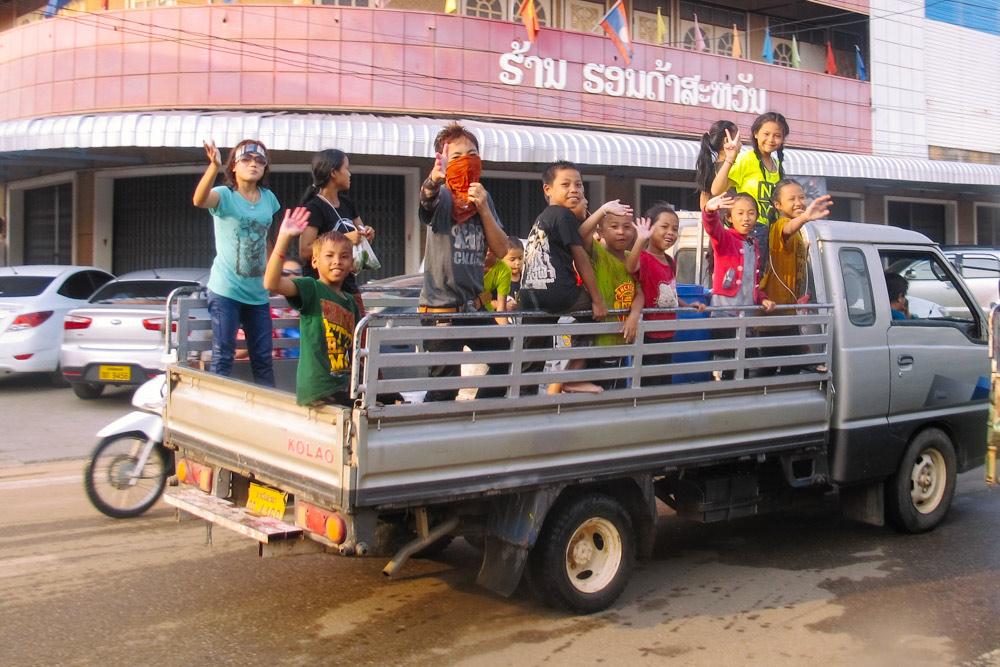 Celebrate Songkran in Laos_housetolaos_043