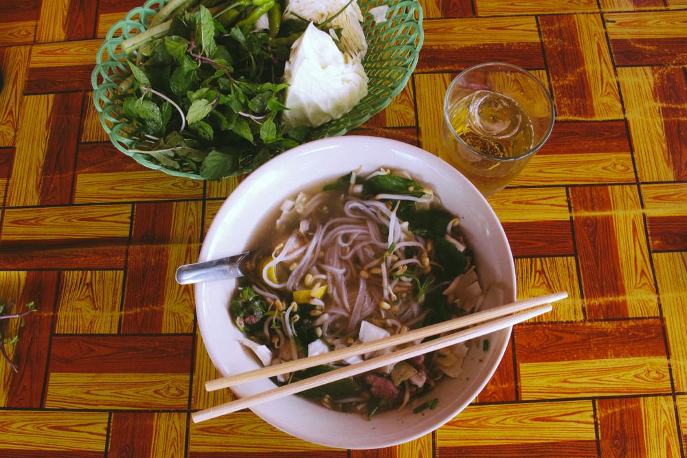 Thakhek Loop__Pho_housetolaos_04