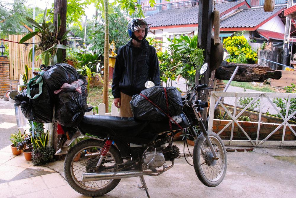 laosbymotorbike_housetolaos_004