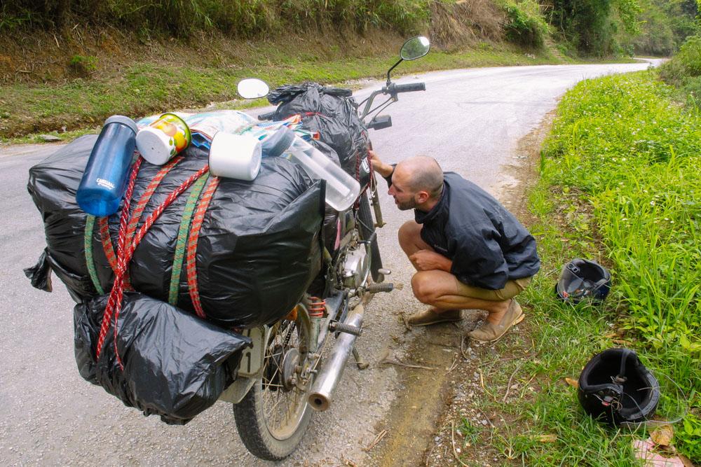 laosbymotorbike_housetolaos_014