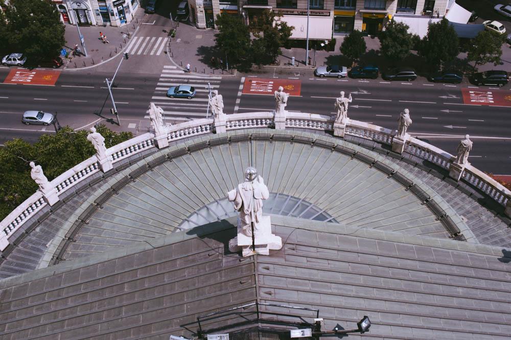 Budapest_housetolaos_-25