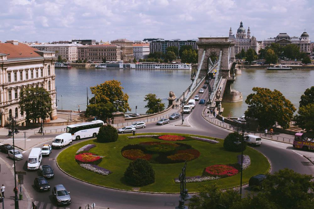 Budapest_housetolaos_-3