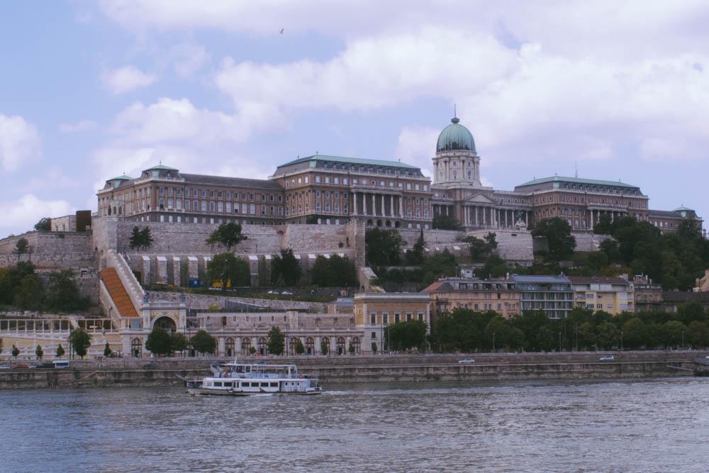 Budapest_housetolaos_-37