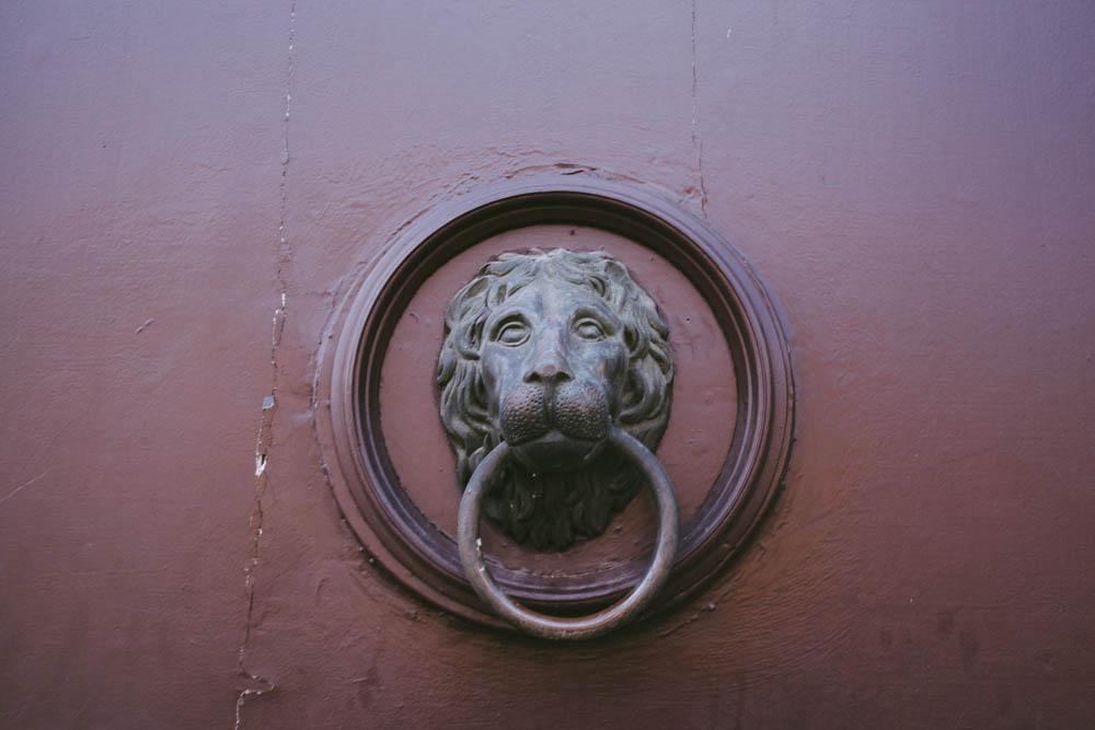 Budapest_housetolaos_-6