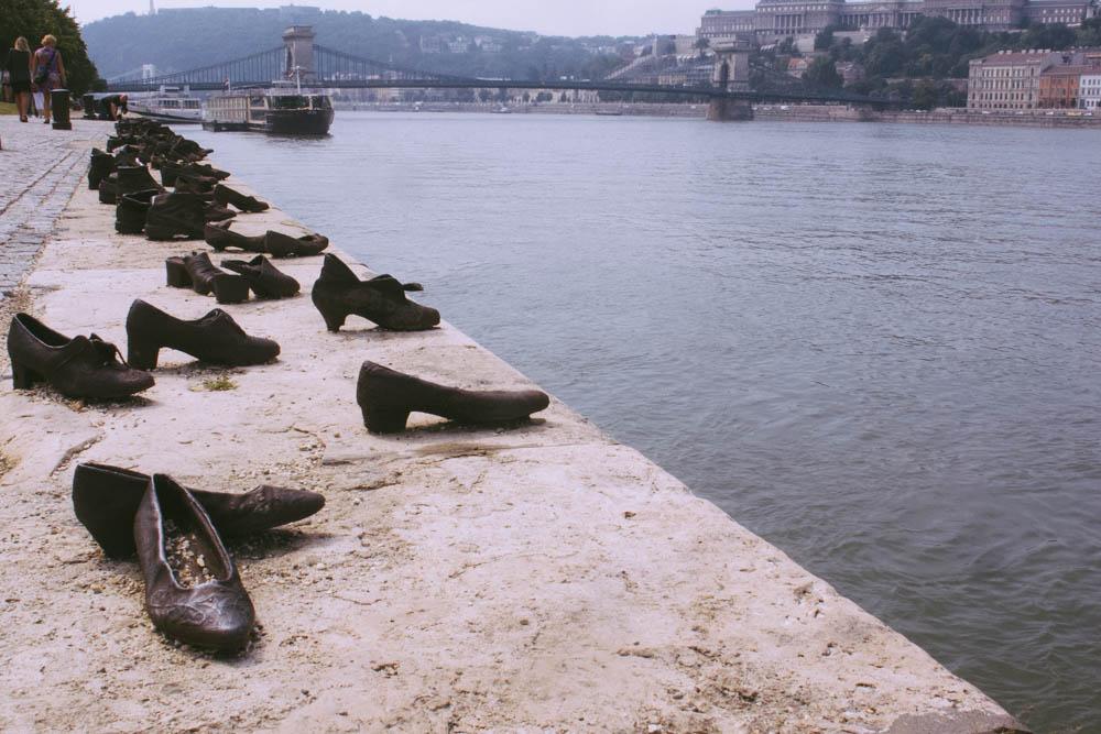 Budapest_housetolaos_-64